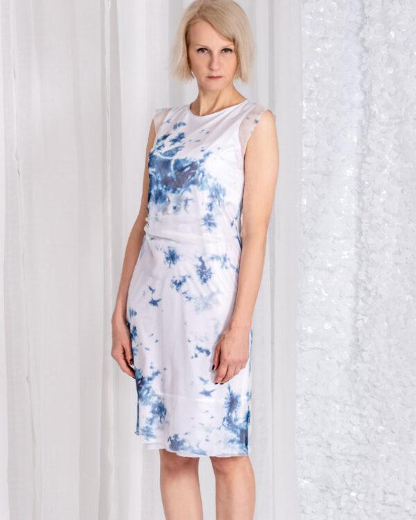 Schmal geschnittenes feminines Kleid